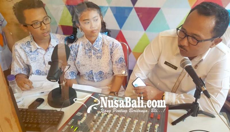 www.nusabali.com-smpn-1-singaraja-launching-studio-mini-radio-pendidikan