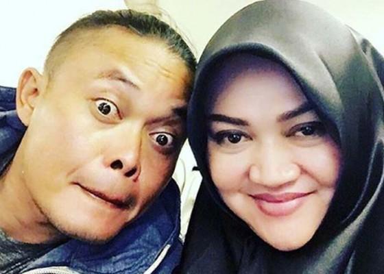 Nusabali.com - sule-menyerah-terima-gugatan-cerai-istri