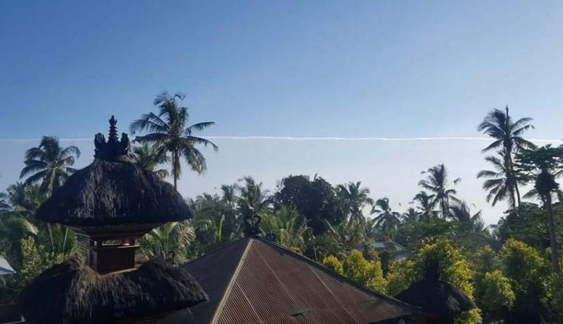 www.nusabali.com-fenomena-awan-terbelah-gegerkan-buleleng