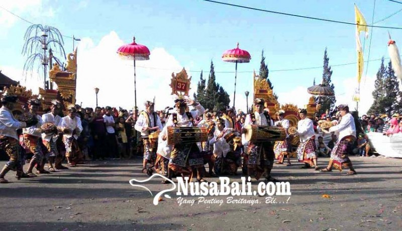 www.nusabali.com-festival-baleganjur-desa-pinggan-angkat-tema-giri-santika