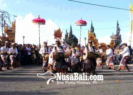 Nusabali.com - festival-baleganjur-desa-pinggan-angkat-tema-giri-santika