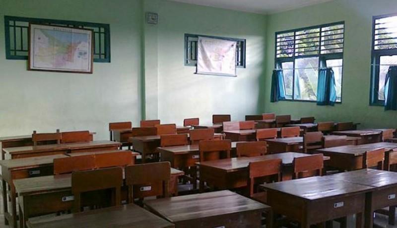 www.nusabali.com-blasman-sulit-tambah-ruang-belajar