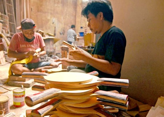 Nusabali.com - perajin-bet-pingpong