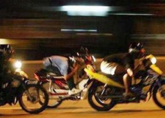 Nusabali.com - trek-trekan-pelajar-diamankan-warga