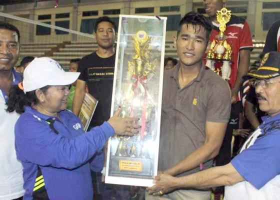 Nusabali.com - rgs-juara-voli-bupati-cup
