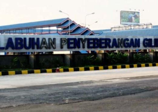 Nusabali.com - angin-kencang-penyeberangan-ditutup-2-jam