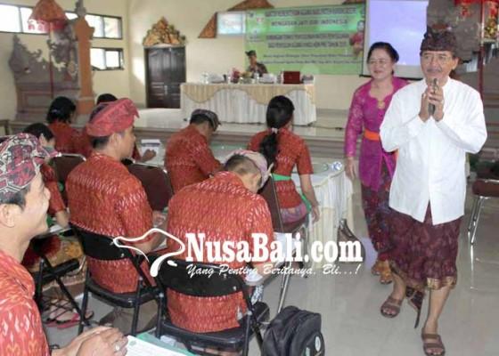 Nusabali.com - kakanwil-kemenag-bali-bina-ppl-karangasem