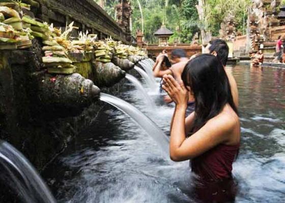 Nusabali.com - tirta-empul-paling-banyak-dikunjungi