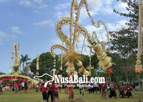 Nusabali.com - 2-desa-tidak-berpartisipasi-35-didiskualifikasi