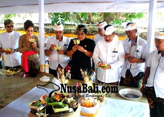 Nusabali.com - desa-adat-kedonganan-gelar-upacara-murwa-daksina