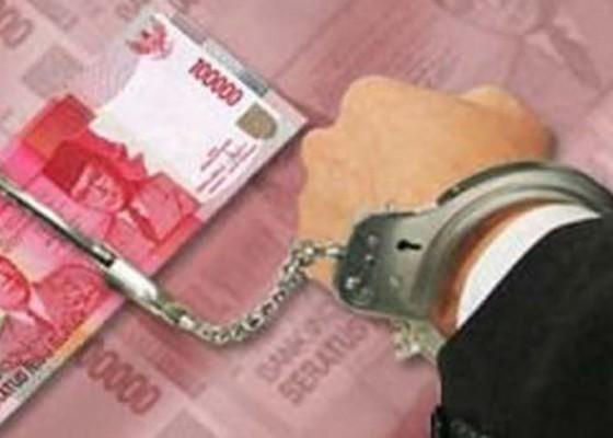 Nusabali.com - mantan-anggota-dprd-ditangkap-saat-belanja
