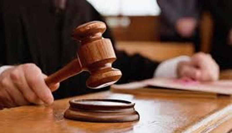 www.nusabali.com-sipir-lapas-dituntut-13-tahun