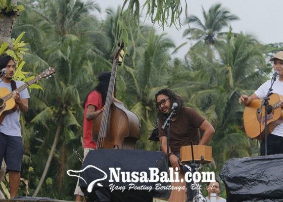 Nusabali.com - nosstress-melali-ke-desa-17-an-ala-desa-visesa-ubud
