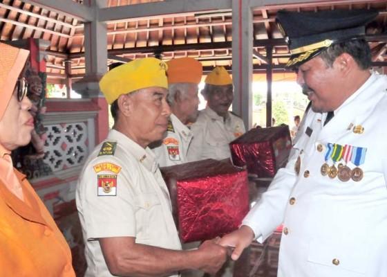 Nusabali.com - bupati-artha-gelar-tatap-muka-bersama-veteran