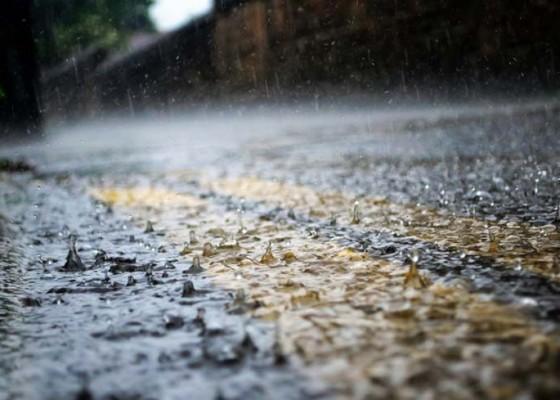 Nusabali.com - tiga-hari-ke-depan-masih-berpotensi-turun-hujan