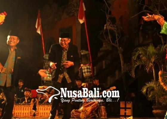 Nusabali.com - khang-ching-wie-pertunjukan-seni-lintas-agama