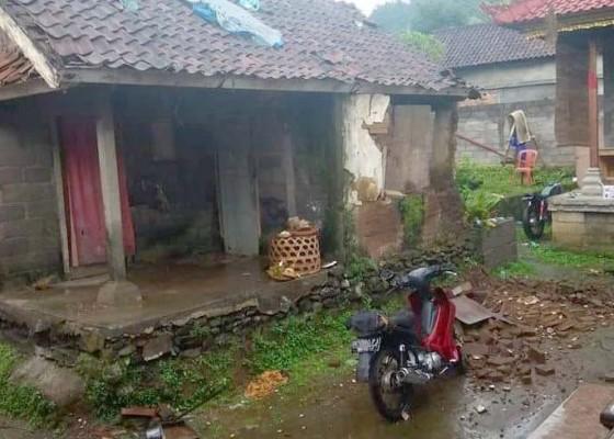 Nusabali.com - dampak-gempa-numpang-di-rumah-kerabat