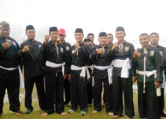 Nusabali.com - pesilat-psht-jalani-pendadaran