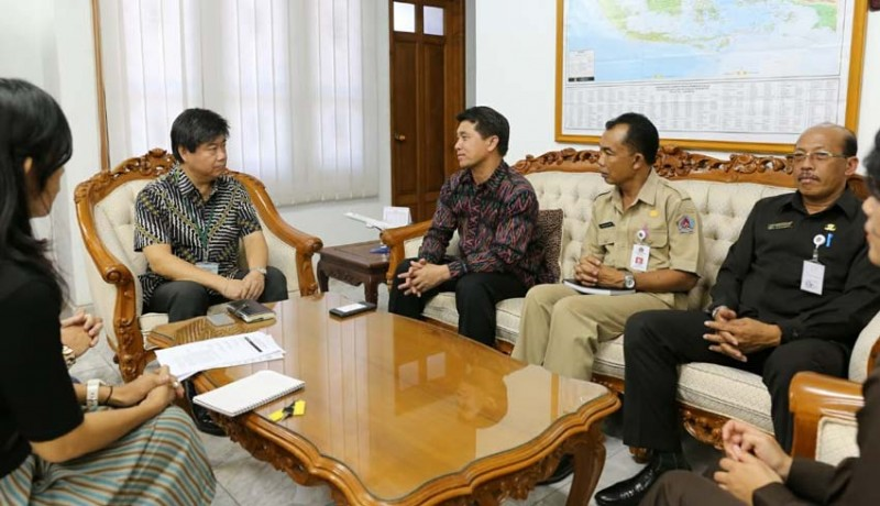 www.nusabali.com-pemkab-klungkung-minta-bantuan-pompa-air-ke-konsulat-jepang