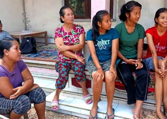 Nusabali.com - penari-rejang-sandat-ratu-segara-yang-kerauhan-di-sekolah-sudah-sehat