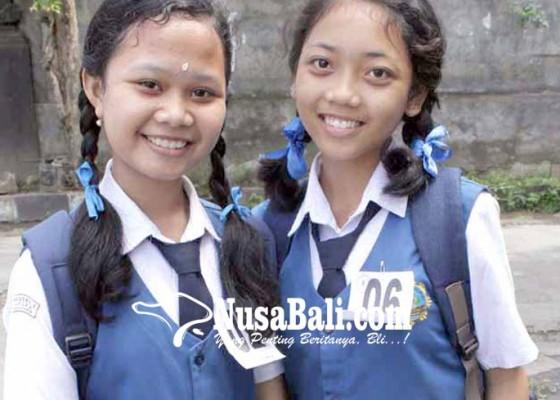Nusabali.com - smpn-2-amlapura-raih-dua-emas-pktp