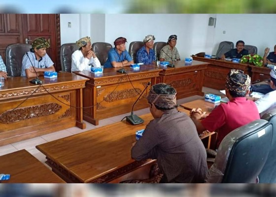 Nusabali.com - nelayan-mengadu-ke-dprd-gianyar