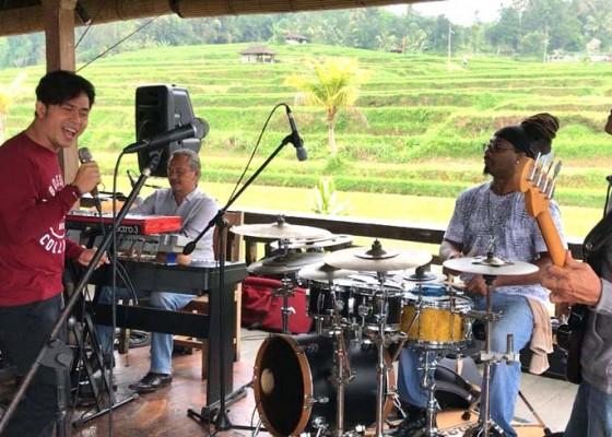 Nusabali.com - peduli-lombok-gong-jatiluwih-gelar-konser-amal-gandeng-cakra-khan