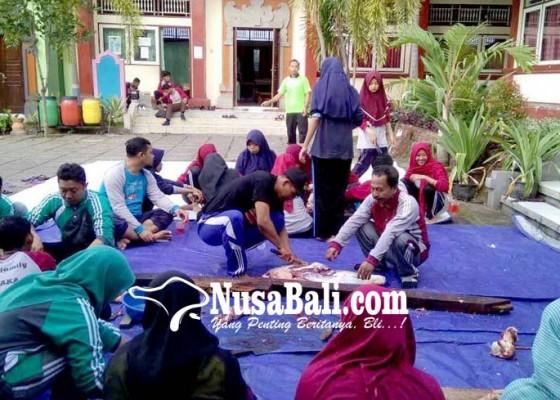 Nusabali.com - bantu-korban-gempa-man-potong-2-sapi