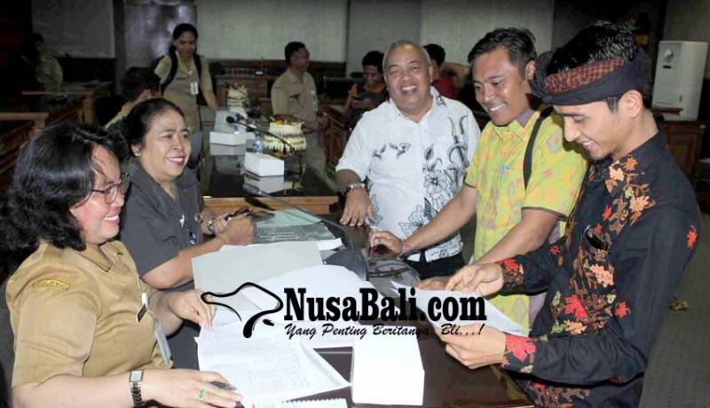 www.nusabali.com-penerbitan-kis-dituding-mubazir