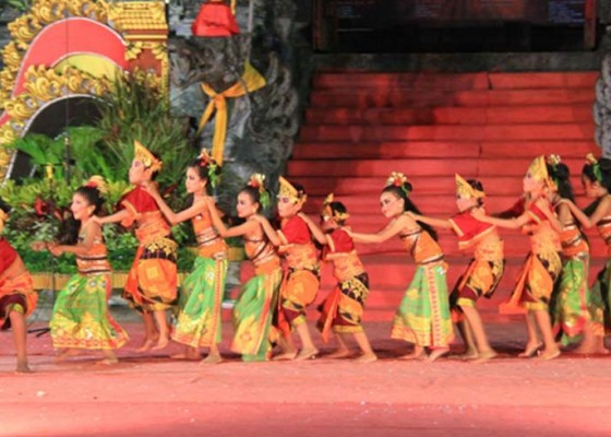 Nusabali.com - festival-gong-kebyar-anak-meriahkan-hut-ke-123-kota-negara