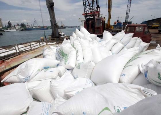 Nusabali.com - dpr-pertanyakan-impor-gula-dan-garam