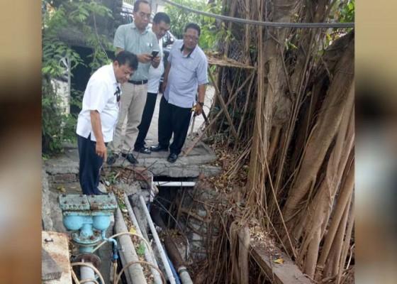 Nusabali.com - tukad-penataran-kembali-dialiri-limbah