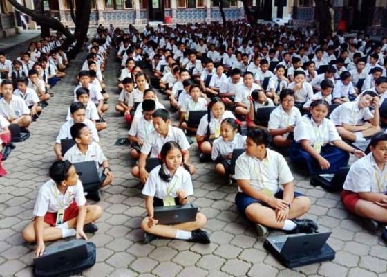 Nusabali.com - 5-smp-di-badung-belum-terima-laptop