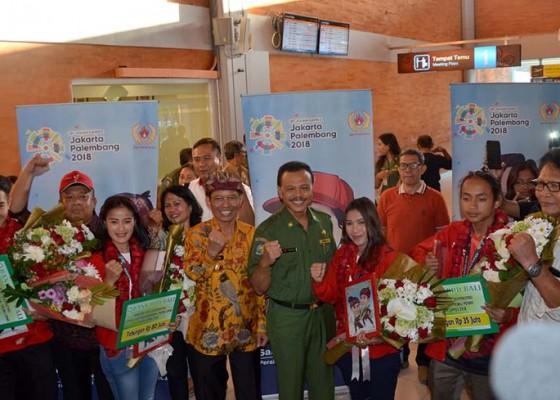 Nusabali.com - pahlawan-asian-games-disambut-pj-gubernur