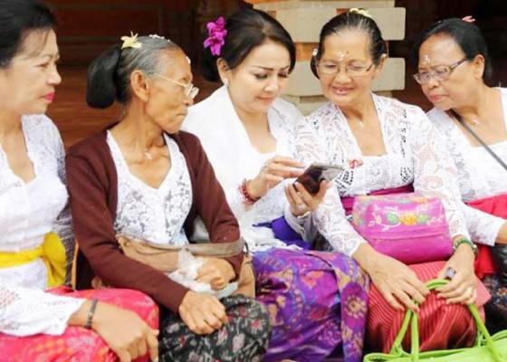 Nusabali.com - rp-200-ribubulan-untuk-lansia-terlantar