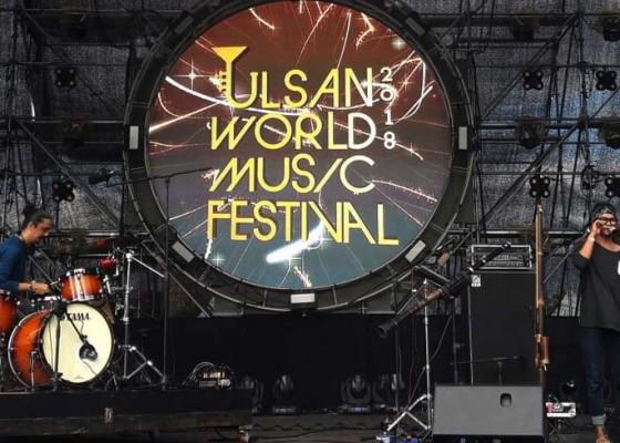 Nusabali.com - melampaui-12-jam-perjalanan-rhythm-rebels-berhasil-tampil-liar-di-uwmf-korea-selatan