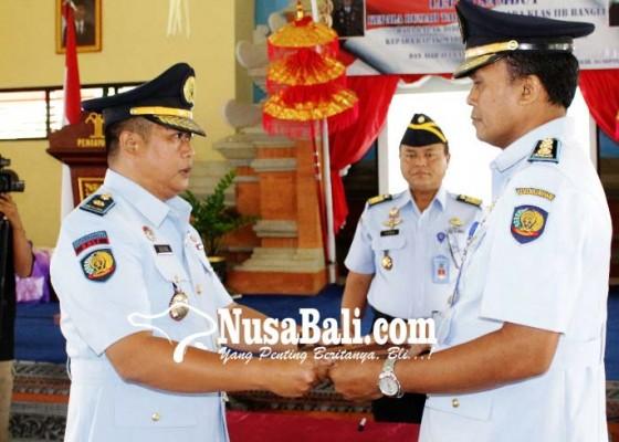 Nusabali.com - suwendra-jabat-kepala-rutan-bangli-yang-baru
