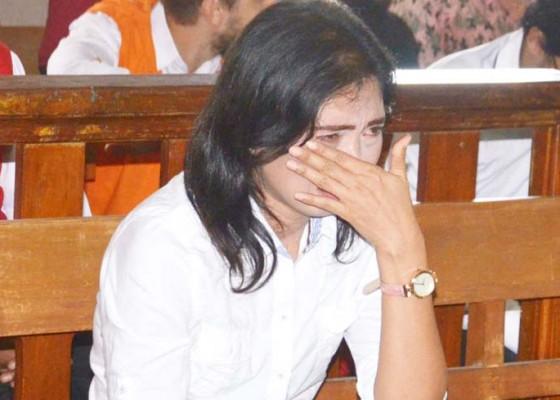 Nusabali.com - dituntut-27-bulan-dokter-gadungan-minta-maaf