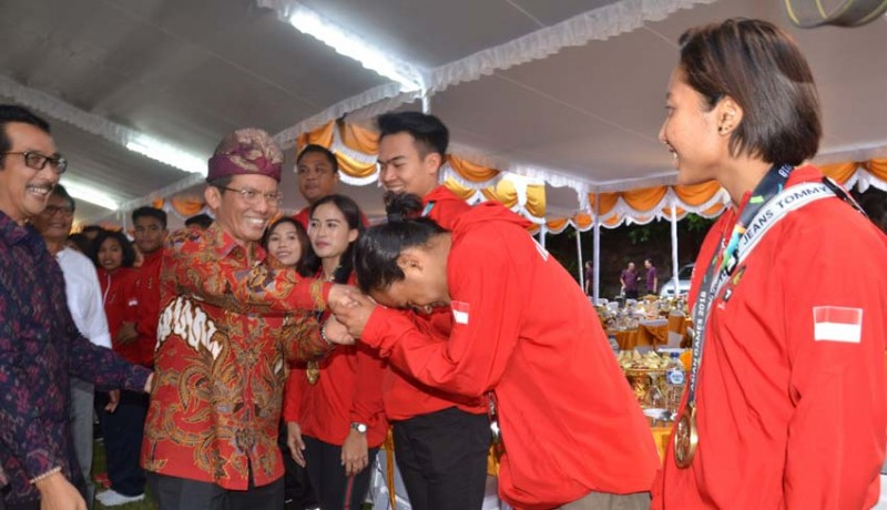 www.nusabali.com-pahlawan-asian-games-dijamu-penjabat-gubernur-di-jaya-sabha