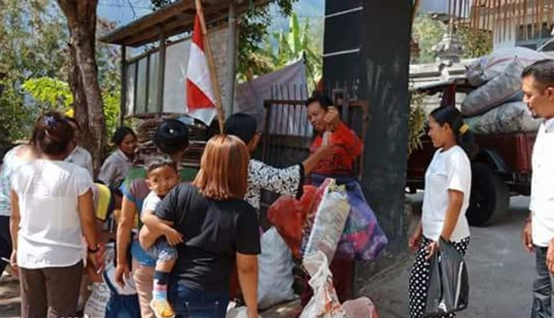 www.nusabali.com-desa-kutuh-kembangkan-pasar-sampah