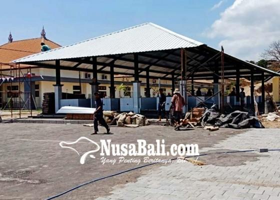 Nusabali.com - revitalisasi-enam-pasar-tradisional-diterpa-isu-pelicin