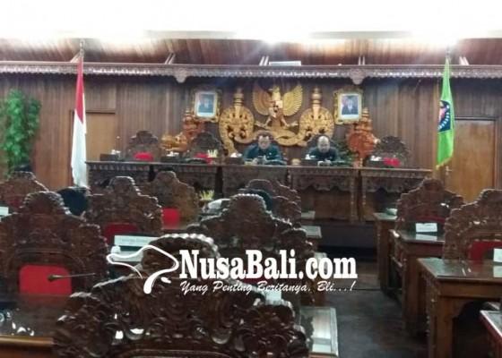 Nusabali.com - dprd-dan-pemkab-klungkung-tandatangani-kua-ppas