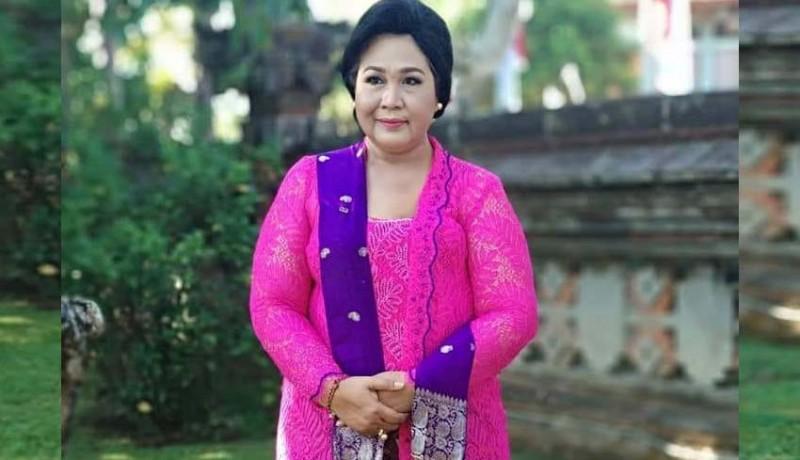 www.nusabali.com-istri-bupati-bangli-meninggal-karena-kanker-payudara