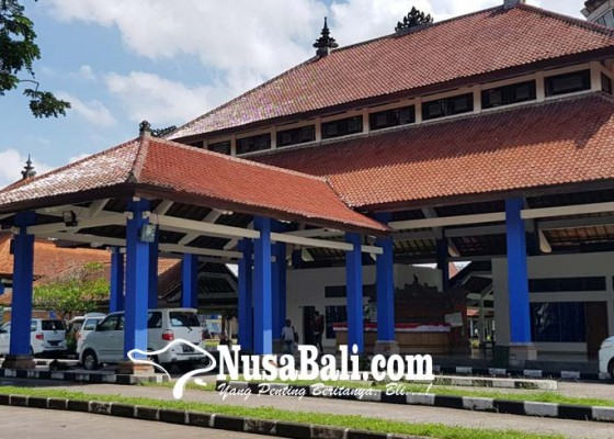 Nusabali.com - sepi-para-sopir-minta-penumpang-bus-diturunkan-di-terminal-mengwi