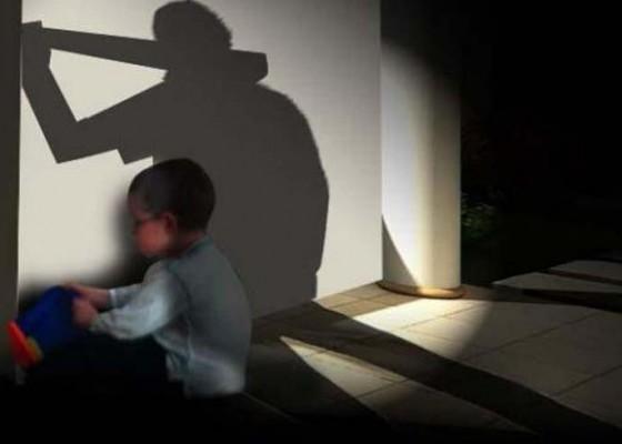 Nusabali.com - ditahan-polisi-pelaku-sodomi-terjun-dari-lantai-tiga
