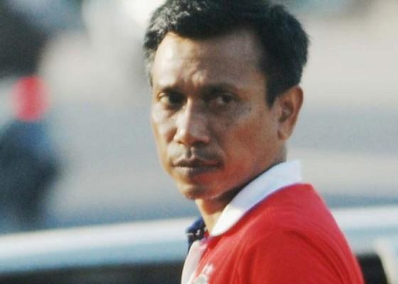 Nusabali.com - widodo-kembali-pimpin-latihan-bali-united
