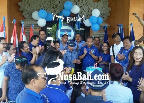 Nusabali.com - rayakan-hut-demokrat-tunjukkan-kesederhanaan