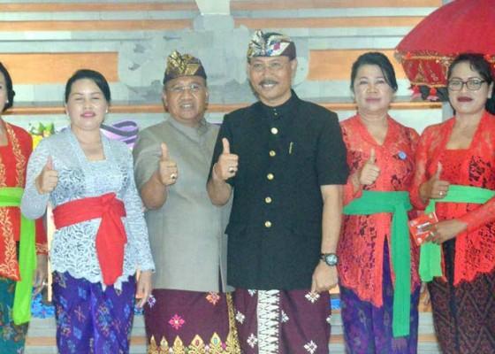 Nusabali.com - parwata-apresiasi-peluncuran-bank-sampah-mangu-srikandi-dalung