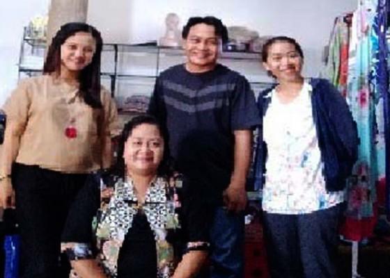 Nusabali.com - membantu-mitra-thasa-garmen-dan-fashion-for-paradise-mendapatkan-hak-cipta-produk-produknya