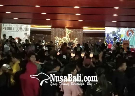 Nusabali.com - gelar-kegiatan-amal-peduli-lombok-jcm-kumpulkan-bantuan-rp-21-juta